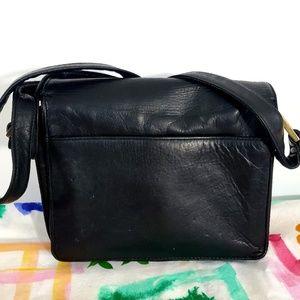 Perlina New York Leather Crossbody bag